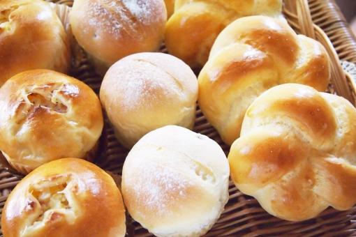 パン祭りってなんで【春】なの??