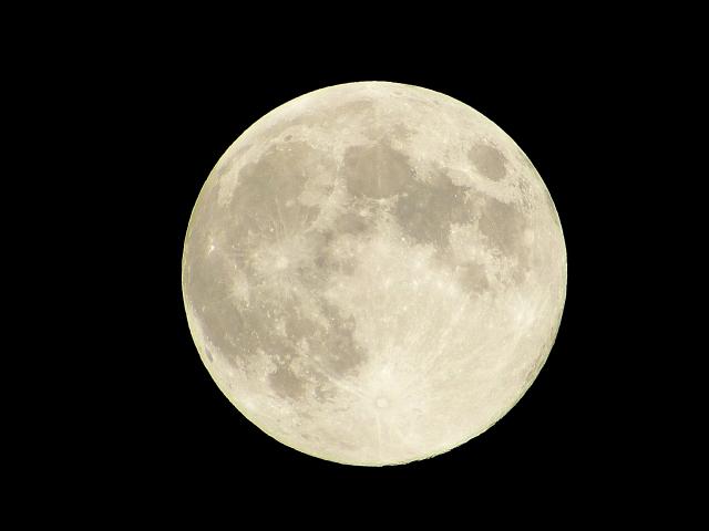 曲名に「月/moon」がつくあなたの好きな曲はなんですか??