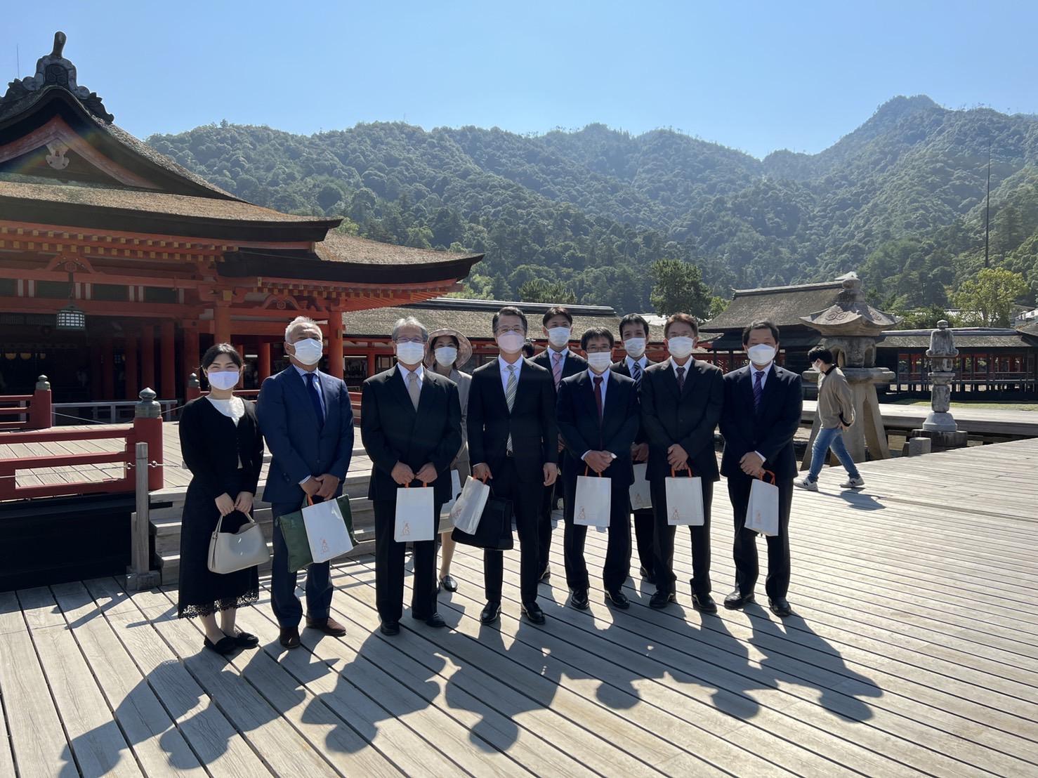 本年も宮島厳島神社で広島蒲鉾の献上祭